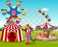 Niños y payaso felices de la historieta en el parque de atracciones stock de ilustración