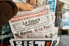Ni Marine Ni Le Pen, enchaine de le notícia falsa Fotografia de Stock