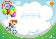 Ni?os felices en la bici de las bicicletas, del montar a caballo del ni?o, el ciclo sano con los ni?os en parque, el muchacho y l libre illustration