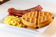 Śniadanie Z goframi Zdjęcie Stock