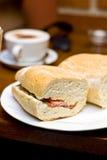 śniadaniowe kanapki Zdjęcie Royalty Free