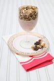 śniadaniowej diety zdrowy muesli jogurt Obrazy Royalty Free