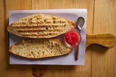 Śniadaniowi chlebów plasterki z pomidorem Fotografia Stock