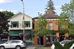Niagara-auf-d-See, am 25. Juni: Im Stadtzentrum gelegene historische Häuser vom Niagara-auf-d-See in Ontario-Provinz Lizenzfreies Stockfoto