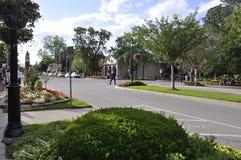 Niagara-auf-d-See, am 25. Juni: Im Stadtzentrum gelegene historische Straße vom Niagara-auf-d-See in Ontario-Provinz Stockfoto