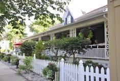 Niagara-auf-d-See, am 25. Juni: Im Stadtzentrum gelegenes historisches Haus vom Niagara-auf-d-See in Ontario-Provinz Lizenzfreies Stockbild