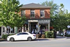 Niagara-auf-d-See, am 25. Juni: Im Stadtzentrum gelegenes historisches Haus vom Niagara-auf-d-See in Ontario-Provinz Stockbilder