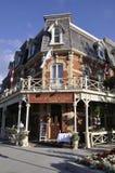 Niagara-auf-d-See, am 25. Juni: Im Stadtzentrum gelegenes historisches Hotel vom Niagara-auf-d-See in Ontario-Provinz Stockbild