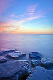 Niagara en el lago durante puesta del sol Fotos de archivo libres de regalías
