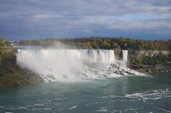 Niagara Falls lizenzfreie stockfotos