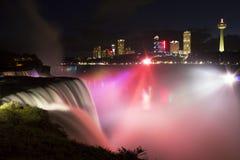 Niagara Falls alla notte Fotografie Stock