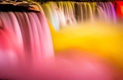 Niagara Falls alla notte Immagini Stock