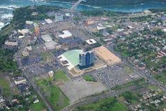 Niagara Falls am bewölkten Tag Lizenzfreie Stockfotos
