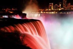 Niagara Falls bij nacht Stock Foto