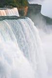 Niagara Falls bij Zonsondergang royalty-vrije stock afbeeldingen