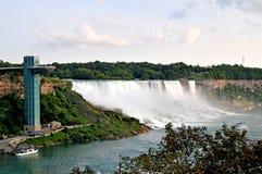 Niagara Falls, côté américain image stock