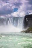 Niagara Falls Canadá los E.E.U.U. Fotos de archivo libres de regalías