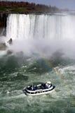 Niagara Falls con la barca Fotografia Stock Libera da Diritti