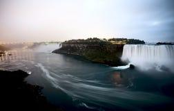 Niagara Falls dag Arkivbilder