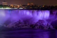 Niagara Falls en la noche Foto de archivo