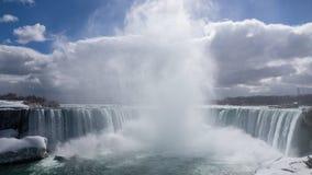 Niagara Falls en la primavera Imagenes de archivo