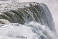 Niagara Falls iskall vattenkant Royaltyfria Bilder