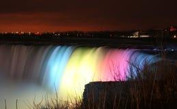 Niagara Falls la nuit Images libres de droits