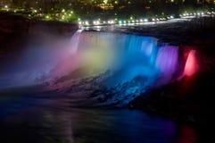 Niagara Falls nachts Stockfotos