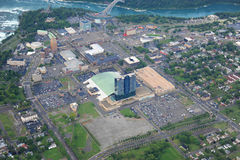 Niagara Falls no dia nublado Fotos de Stock Royalty Free