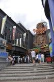 Niagara Falls, o 24 de junho: Clifton Hill Entertainment Area de Niagara Falls na província de Ontário de Canadá foto de stock royalty free