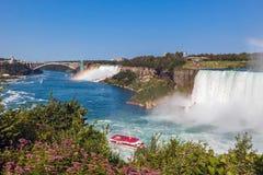 Niagara Falls o lado canadense Fotografia de Stock Royalty Free