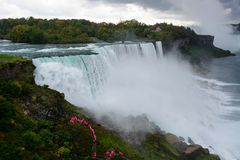 Niagara Falls på USA sidan Arkivfoto