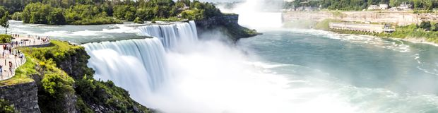Niagara Falls panorama, lång exponering, siden- vatten - New York Arkivfoto