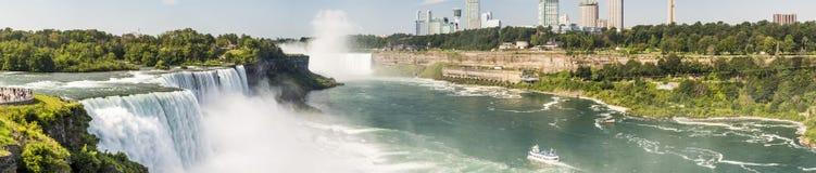 Niagara Falls panorama - New York Arkivbilder