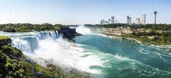 Niagara Falls panorama - New York Royaltyfri Foto
