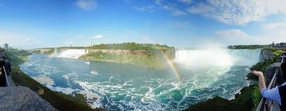 Niagara Falls panoramisch Lizenzfreies Stockfoto