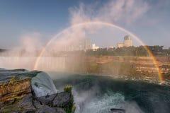 Niagara Falls regnbåge Arkivfoton