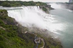 Niagara Falls und Gehweg Stockfoto