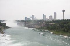 Niagara Falls und Stadt Stockfoto