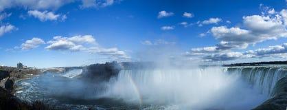 Niagara Falls y arco iris Foto de archivo libre de regalías