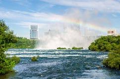 Niagara- Fallsregenbogen Stockfotografie