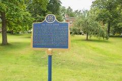 Niagara på fliken för information om sjöThe Field hus Fotografering för Bildbyråer