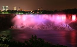 Niagara par nuit Photos stock