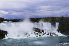 Niagara spada u S A Zdjęcia Stock