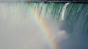 Niagara spadku podkowa z tęczą zbiory wideo
