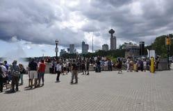 Niagara valt, 24 Juni: De grote meningsplaats van Niagara valt van de Provincie van Ontario van Canada Stock Fotografie