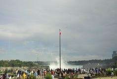Niagara valt, 24 Juni: De grote meningsplaats van Niagara valt van de Provincie van Ontario van Canada Stock Afbeeldingen
