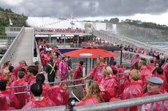 Niagara valt, 24 juni: De Plaats van de Hornblowercruise van Niagara-Val van de provincie van Ontario in Canada Royalty-vrije Stock Afbeelding