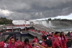 Niagara valt, 24 juni: De Plaats van de Hornblowercruise van Niagara-Val van de provincie van Ontario in Canada Stock Foto's