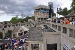 Niagara valt, 24 juni: Hornblower Market Place van Niagara-Val van de provincie van Ontario in Canada Stock Afbeelding